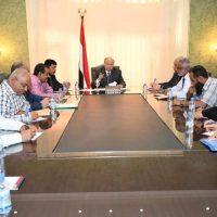 الرئيس هادي نواجه أزمات مفتعلة وممنهجة لتعذيب المواطن بالانقطاعات الكهربائية
